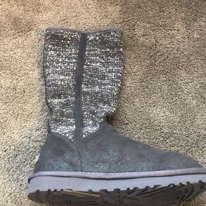 Uggs- semi cardy boot with sequin effect